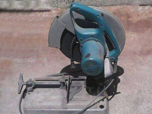 Tronzadora trozadora cortadora de metal marca makita