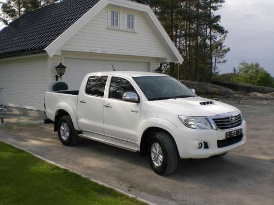Toyota hilux ano 2013