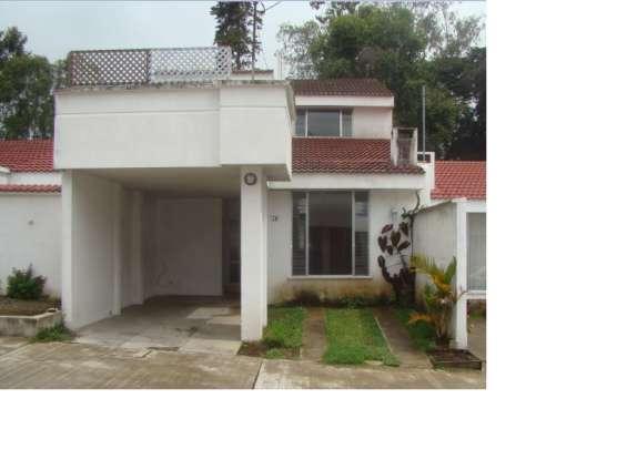 Vendo casa en residenciales colinas de santiago ii, santiago sacatepéquez